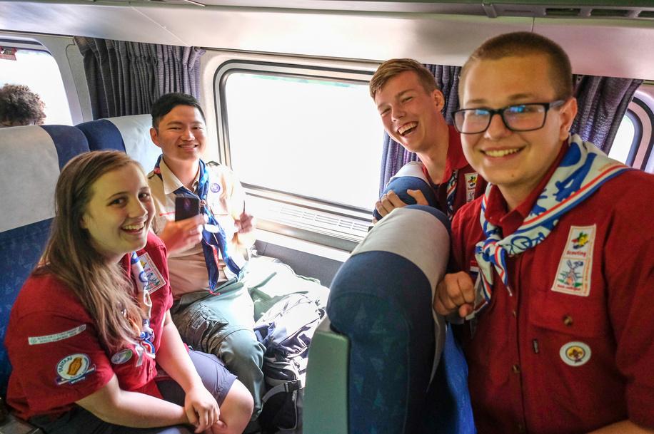 24th World Scout Jamboree, in Summit Bechtel Reserve, West-Virginia, USA- les IST arrivent par le train. Photo © Jean-Pierre POUTEAU 2019