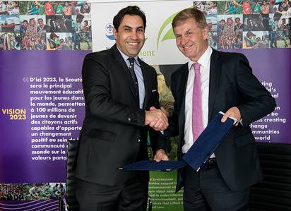 The Secretary-General of World Scouting, Ahmad Alhendawi, and the Executive Director of UN Environment, Erik Solheim, signed the Memorandum of Understanding on further collaboration on the sidelines of the 9th session of the World Urban Forum in Kuala Lumpur.